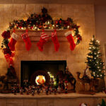 16 Fireplace Decoration Ideas With Christmas Spirit