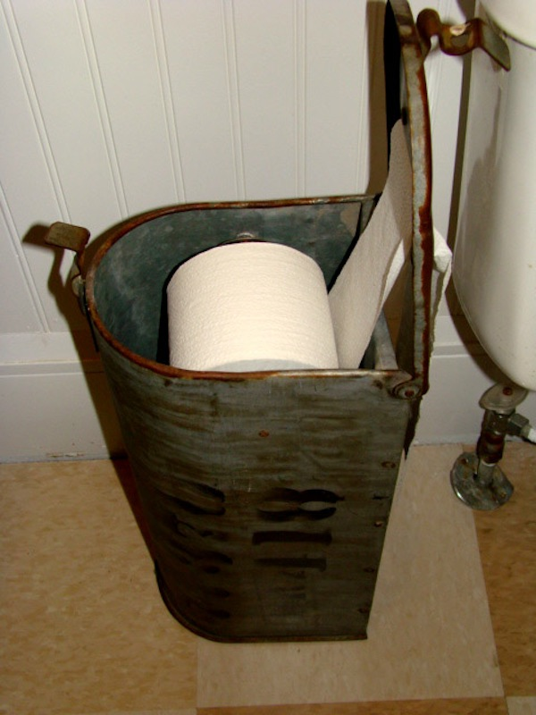 22 diy toilet holder ideas wh ch enhance the look of your for Diy toilet paper storage