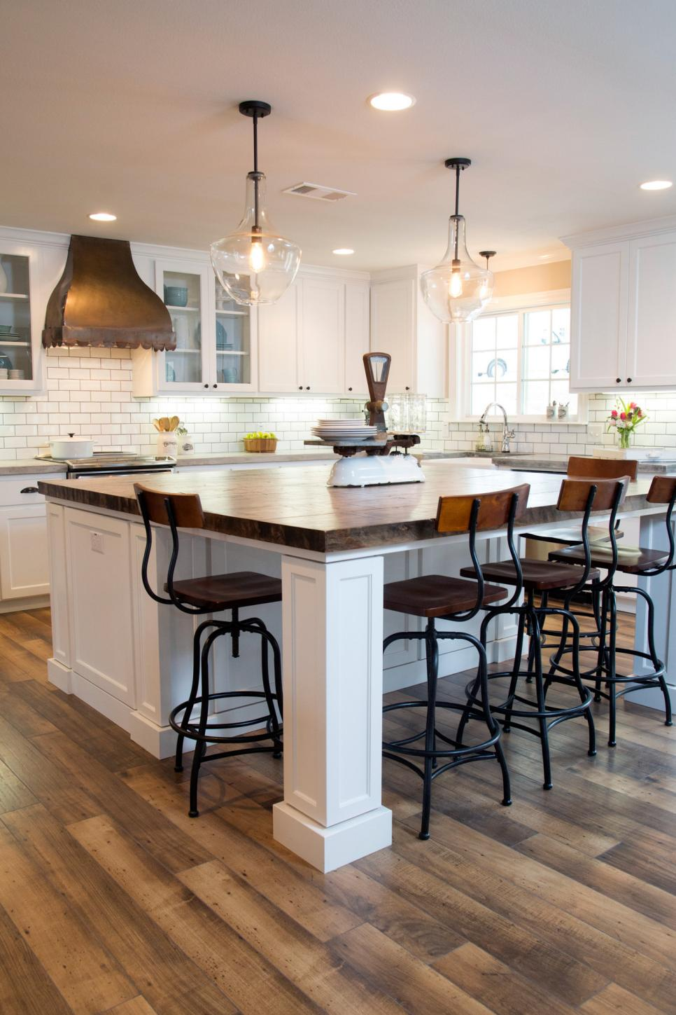 22 Kitchen Island Ideas - I Do Myself on casual kitchen flooring, casual kitchen style, casual kitchen furniture, casual kitchen lighting, casual kitchen dining sets,