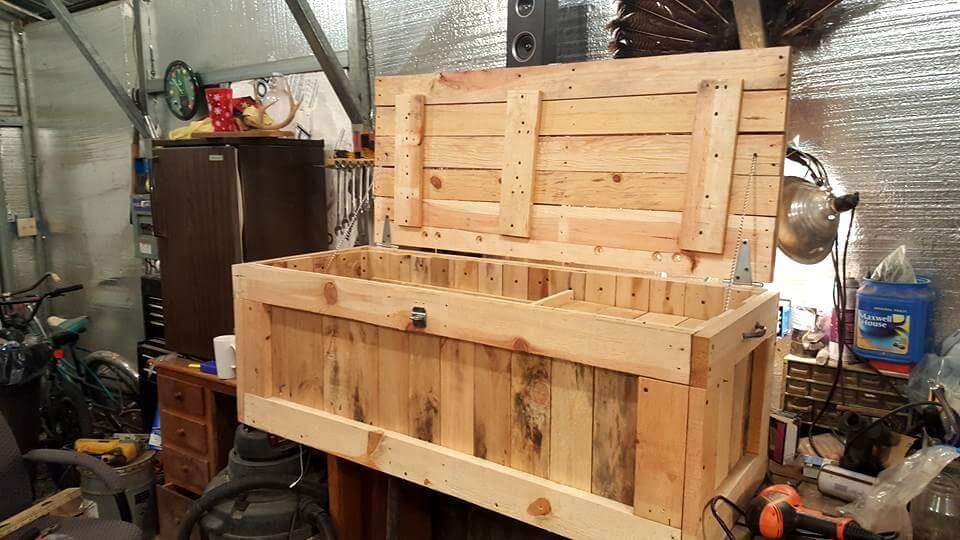 Diy pallet chest/box ideas